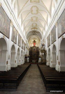 Wnętrze koronowskiej bazyliki