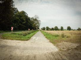 ścieżka rowerowa między Kotomierzem i Karolewem