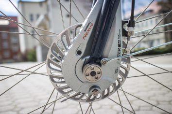 Hamulce są znacznie wydajniejsze niż w poprzedniej wersji roweru