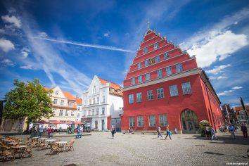 Greifswald – charakterystyczny ratusz