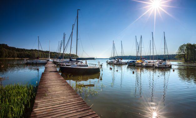 Obóz nad jeziorem – nie sposób się nudzić