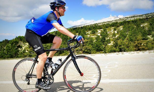 Rękawice i skarpety rowerowe – ważny element stroju na rower