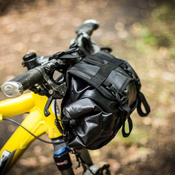 Sakwa nie wpływa na stabilność roweru