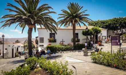 Fuertaventura – dlaczego warto się na nią wybrać?