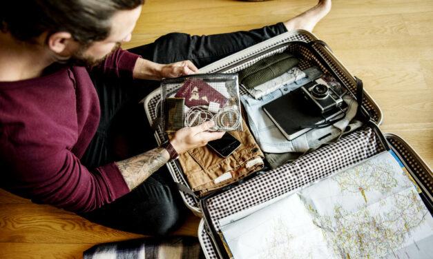 Co spakować w podróż – niezbędnik podróżnika
